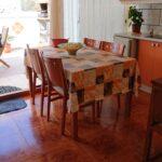 Kitchen 2 - Sitting Area